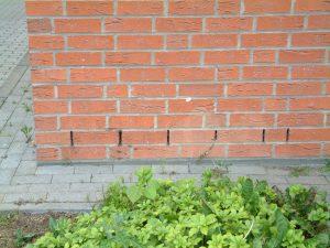Belüftungsöffnungen für Hohlwandmauerwerk