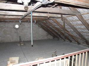 Dachdämmung: Dachausbau oder Dämmung der obersten Geschossdecke?