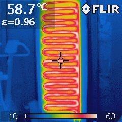 Wandheizungselement im Thermogramm