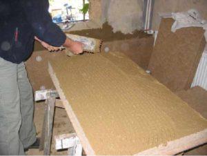 Einbau von Holzfaserdämmplatten (Innendämmung), Abb.: Energie- und Umweltzentrum