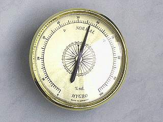 einfaches, mechanisches Hygrometer